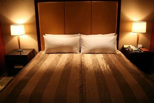 Le cose da non fare a letto - Cose strane da fare a letto ...